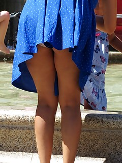 Real upskirt photos