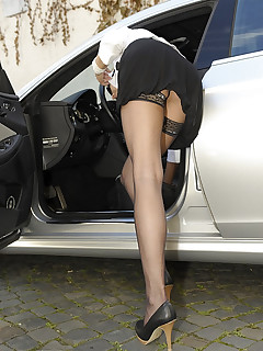 Upskirt stockings